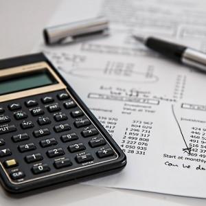 Tipos impositivos que nos retiene Hacienda al vender acciones en bolsa o cobrar dividendos