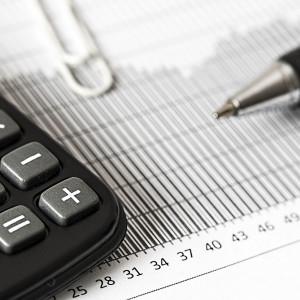 Impuestos que debe pagar el autónomo el primer año de negocio y sus deducciones